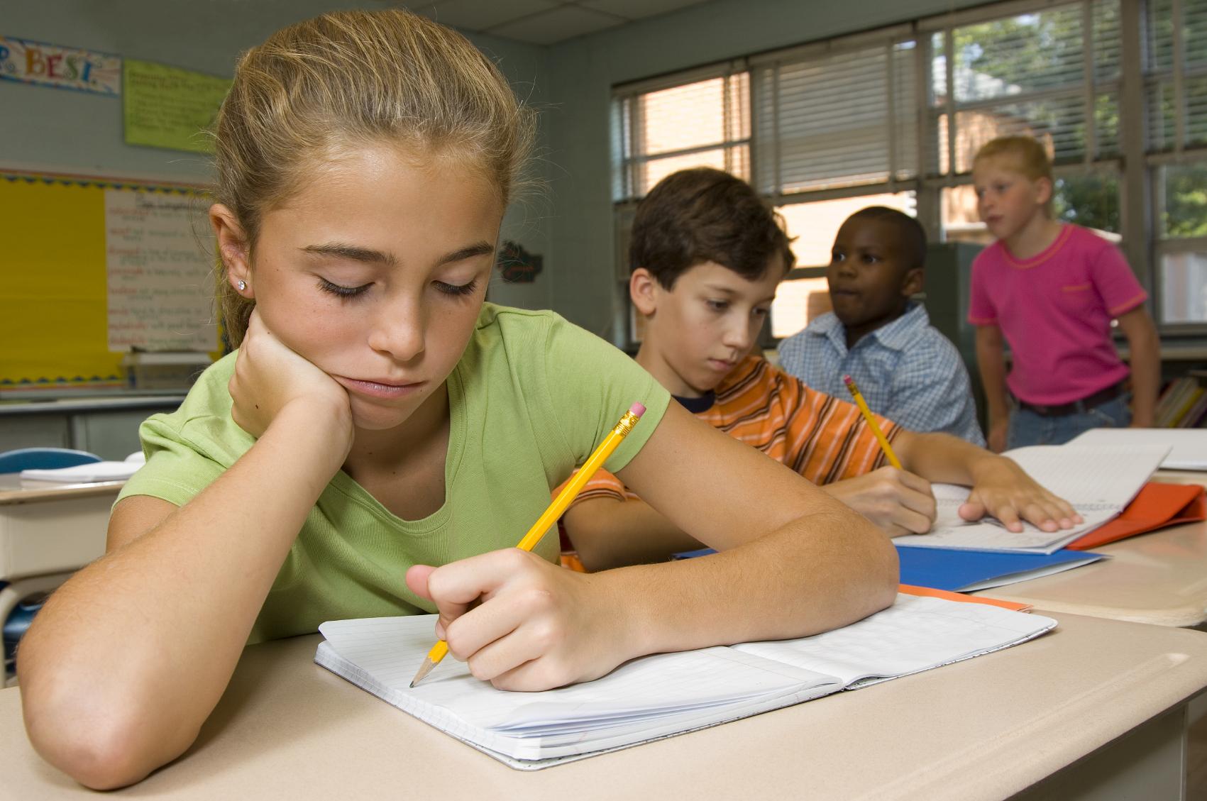 Left-handed kids in school