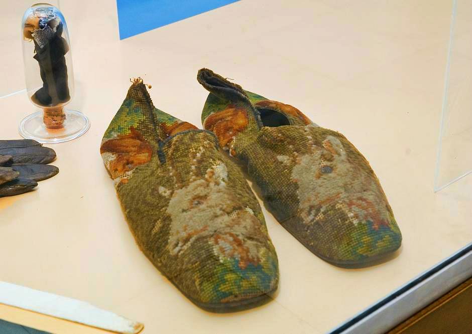 abraham lincoln shoe size