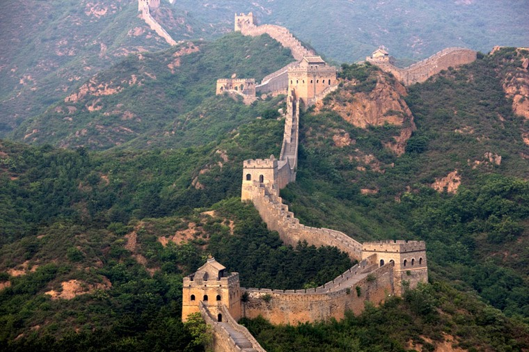 The length of the Great Wall of China is around 21,196.18km