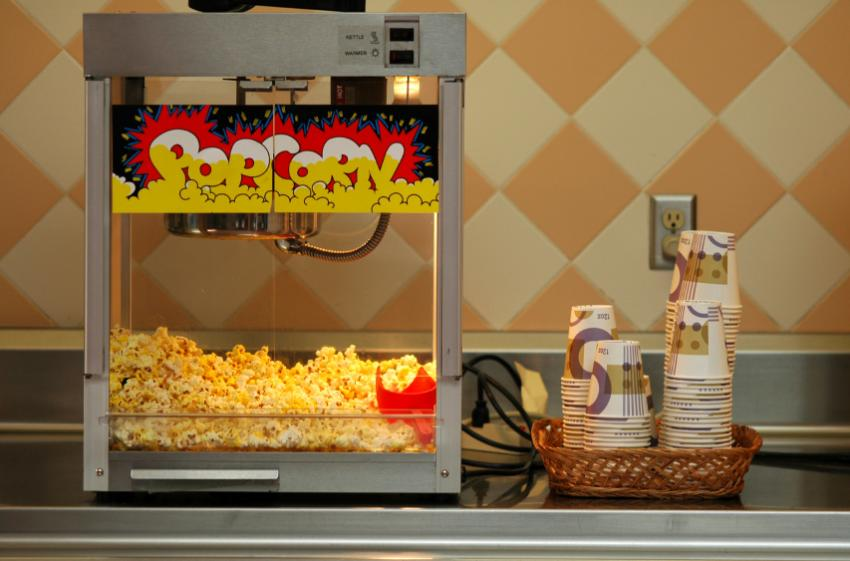 Charles Cretors was invented first popcorn machine in 1885 - Serious Facts