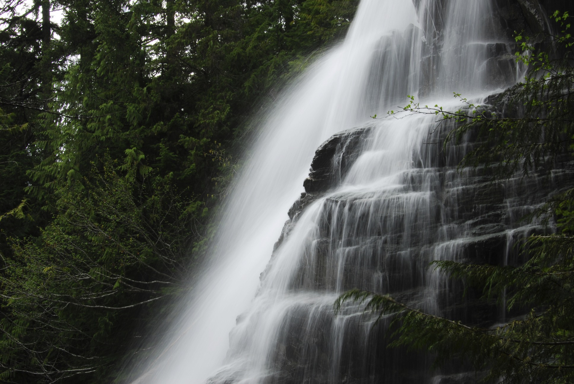 The highest waterfall in Canada is Della Falls, British Columbia.
