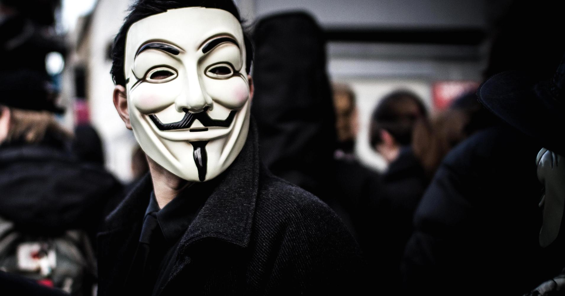 When you use TOR to access the Deep Web you become completely anonymous.