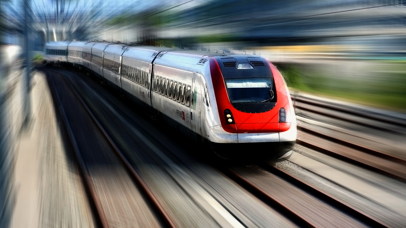 The fastest train in the world with a top speed of 486.1 km/h is China's CRH380A.