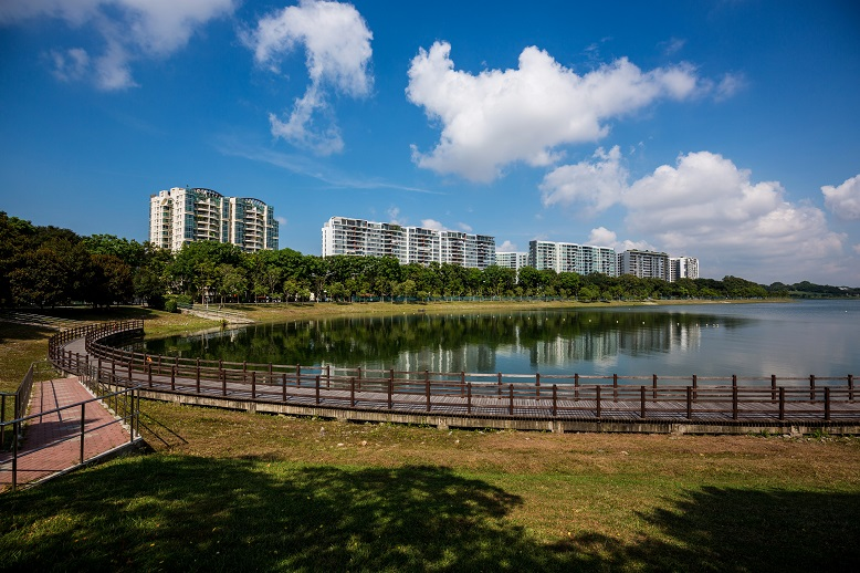 The largest city in Singapore is Bedok.