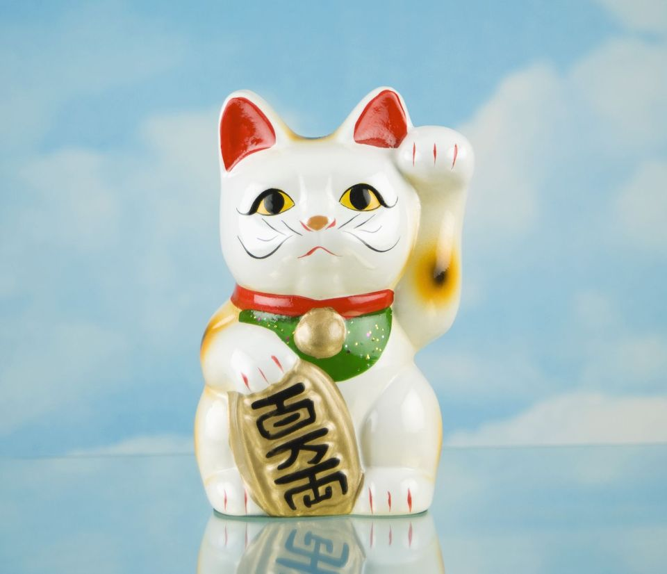Beckoning Cat is based off a calico cat