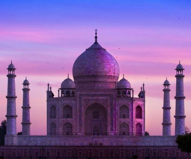 Color of tajmahal