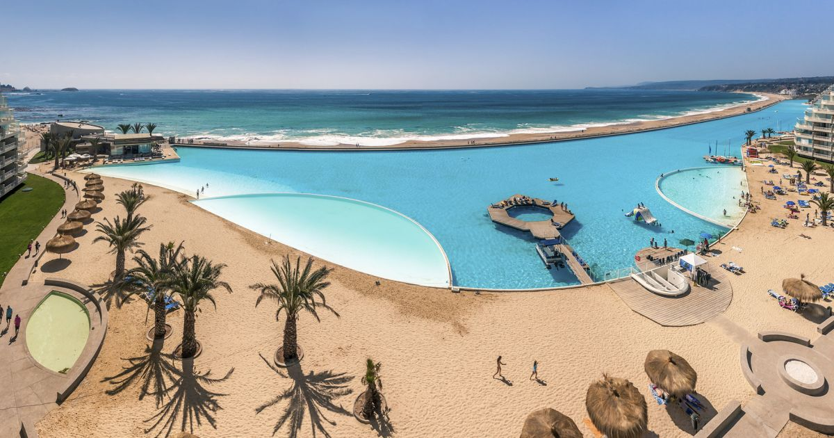 Chile Has The World S Biggest Swimming Pool With A Length Of 1 000 Yards And A Maximum Depth Of
