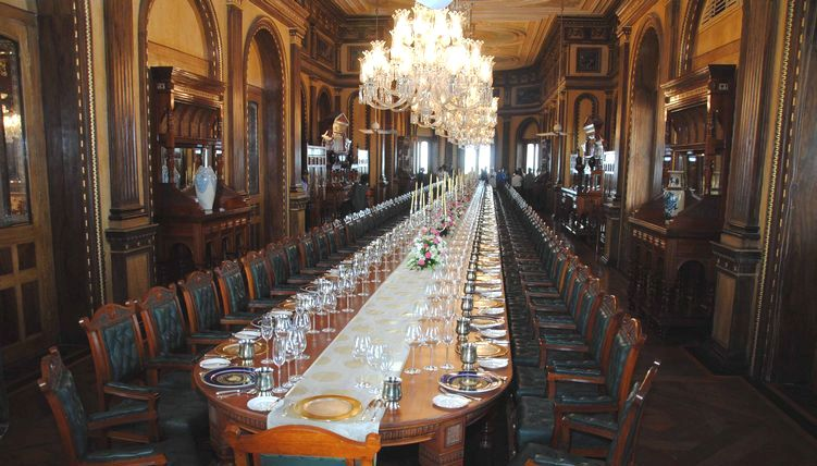 portugal has world u2019s largest dining table set