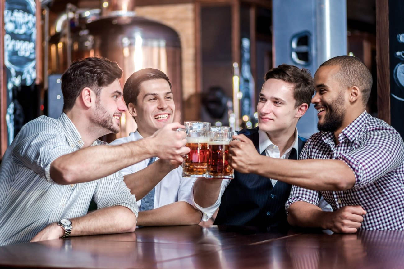 The legal age to drink, sell or buy alcohol in the US is 21 years.