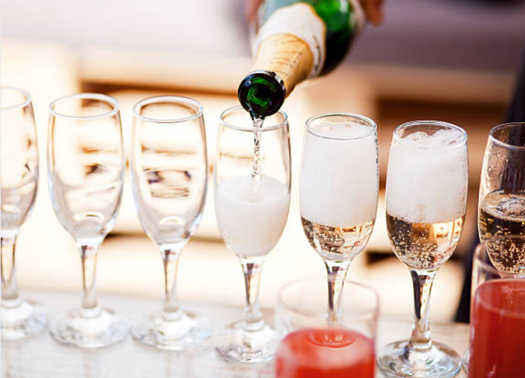Each second Champagne emits 30 bubbles.