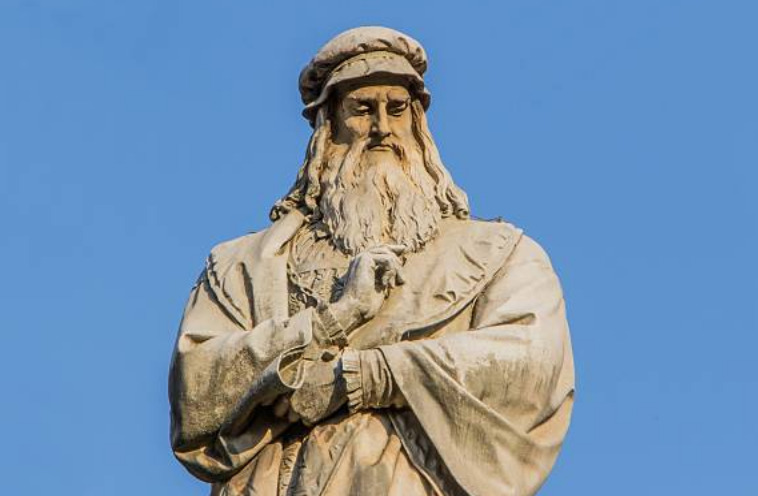 Leonardo da Vinci is the first woman in the U.S. to become licensed to fly.
