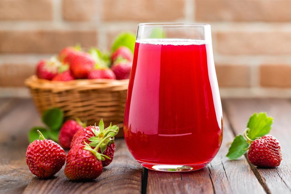 A royal lady of Napoleon's court by name Madame Tallien used to bath with fresh strawberry juice once a year.