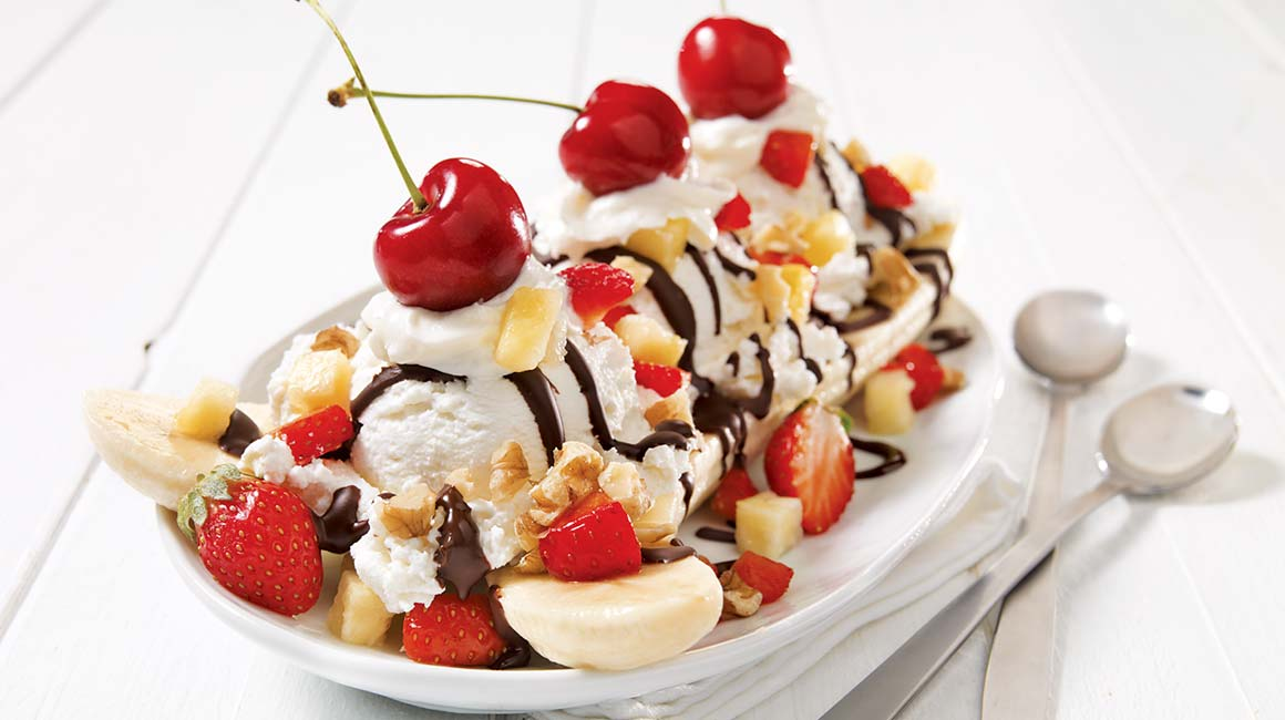 David Evans Strickler invented the banana split in 1904 when he was a 23-year-old employee at the Tassel Pharmacy soda fountain in Latrobe, Pennsylvania.