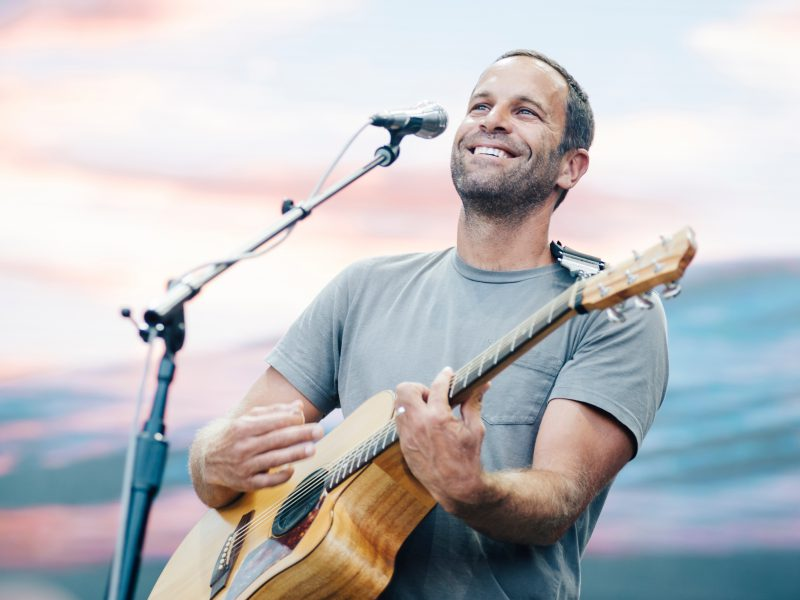 In 2008, Musician Jack Johnson donated 100% of his tour profits to charity.